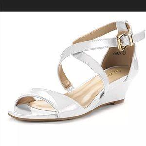 DREAM PAIRS Women's Low Wedge Pump Sandals Sz 8